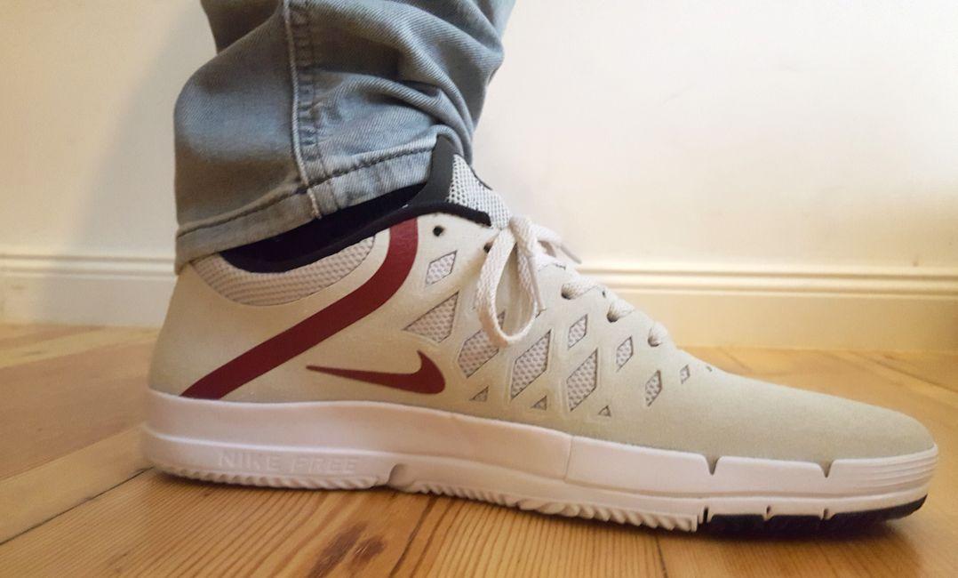 Neue Sneaker Nike Free SB (weiß / rot)